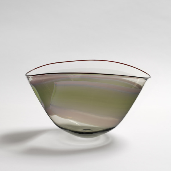 Oval Bowl, Annette Meech, 1984, Crafts Council Collection: G32. Photo: Todd-White Art Photography.