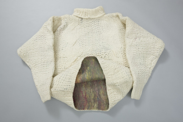 Pullover, Heather Belcher, 1990, Crafts Council Collection: T99. Photo: Heini Schneebeli.