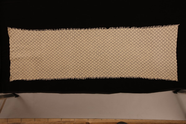 Brick Linen, Gillian Little, 1993, Crafts Council Collecton: T141. Photo: Heini Schneebeli.