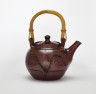 Teapot with Can Handle, Winchcombe Pottery & Ray Finch, 1972, Crafts Council Collection: P49. Photo: Stokes Photo Ltd.