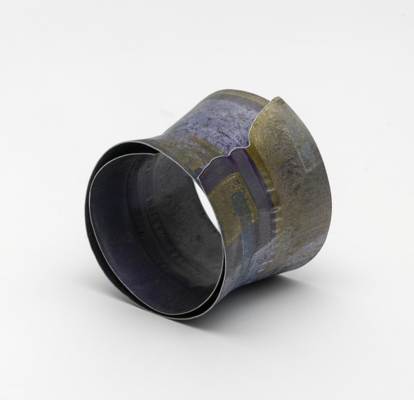 Fluted Violet Bangle, Jane Adam, 1999, Crafts Council Collection: J273. Photo: Todd-White Art Photography.
