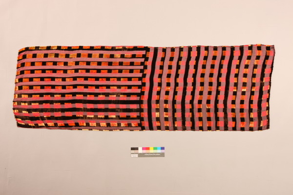 Handprinted Devore Velvet Scarf, Sharon Ting, 1994, Crafts Council Collecton: T129. Photo: Heini Schneebeli.